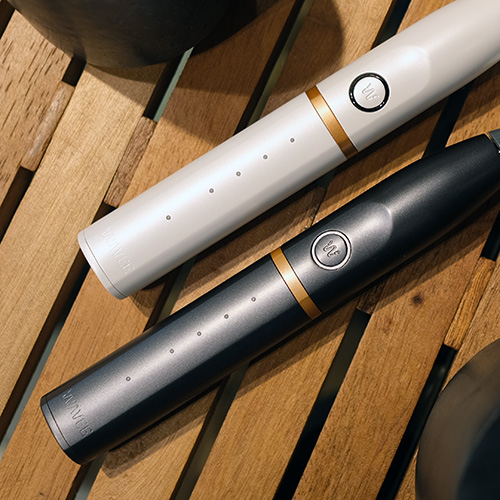 WAVEE: Toothbrush Speaker System
