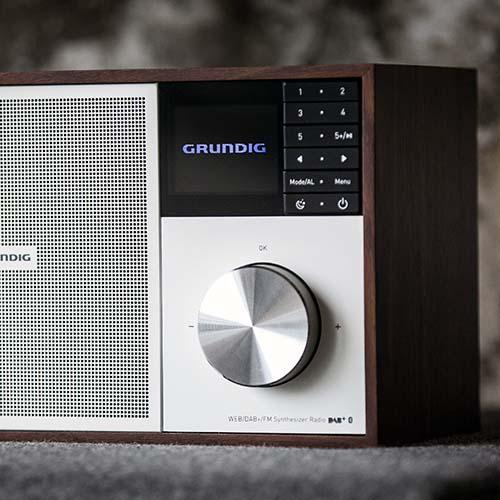 WTR3000: Wooden Radio